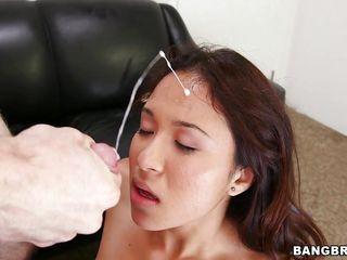 Порно подборка кончи на лицо