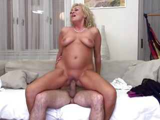 смотреть порно с толстыми блондинками