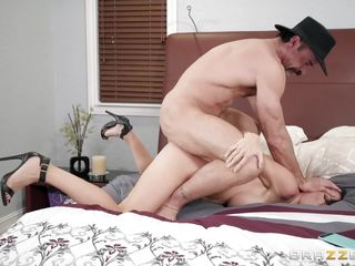 Порно измена при спящем муже